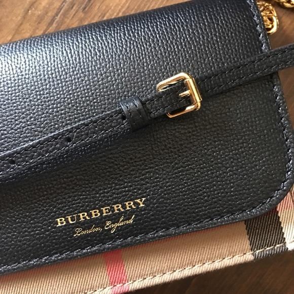 Burberry Handbags - Burberry Hampshire House Check Crossbody Clutch c7c960c1e61ea